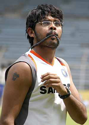 My son will never betray cricket, says Sreesanth's mother