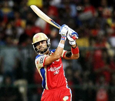 Rediff Cricket - Indian cricket - IPL: Kohli's blitz keeps Bangalore's play-off hopes alive