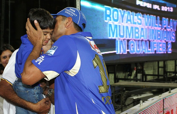 Rahul Dravid celebrates with his son