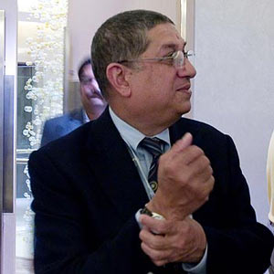 Rediff Cricket - Indian cricket - Srinivasan defiant, won't quit as BCCI chief