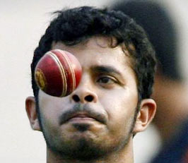 IPL spot fixing: Sreesanth, Chavan seek bail
