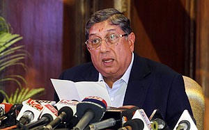 ICC chairman Srinivasan snubs BCCI; says no to code revamp!
