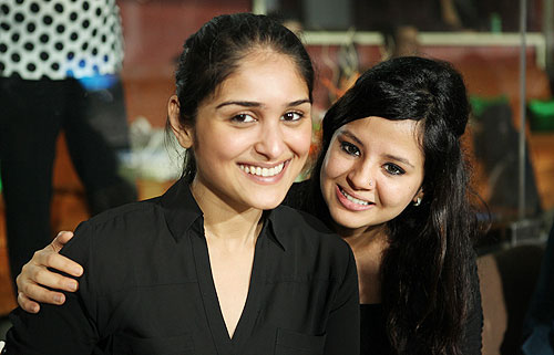 Sakshi Dhoni and Poorna Patel