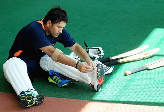Sachin finally speaks, says shocked at spot-fixing news