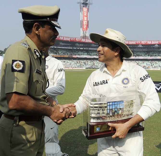 Sachin Tendulkar of India is felicitated