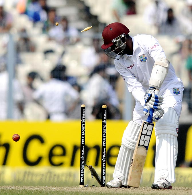 Denesh Ramdin is bowled by Mohammed Shami