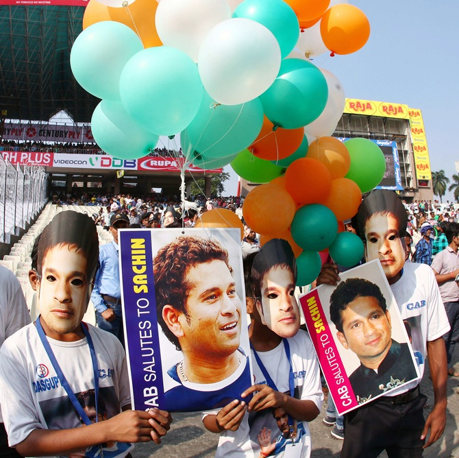 Sachin's Eden send-off: Llong... and the short of it!