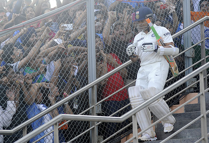 The Wankhede crowd cheers as Sachin Tendulkar walks out to bat on Day 2 of the 2nd Test on Friday