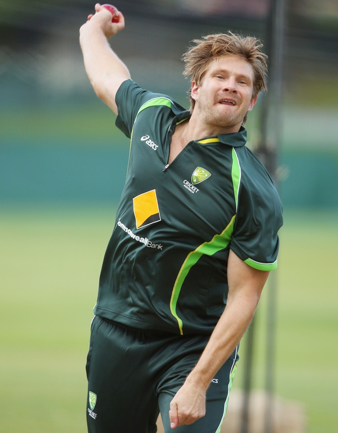 Shane Watson bowls during an Australian nets session