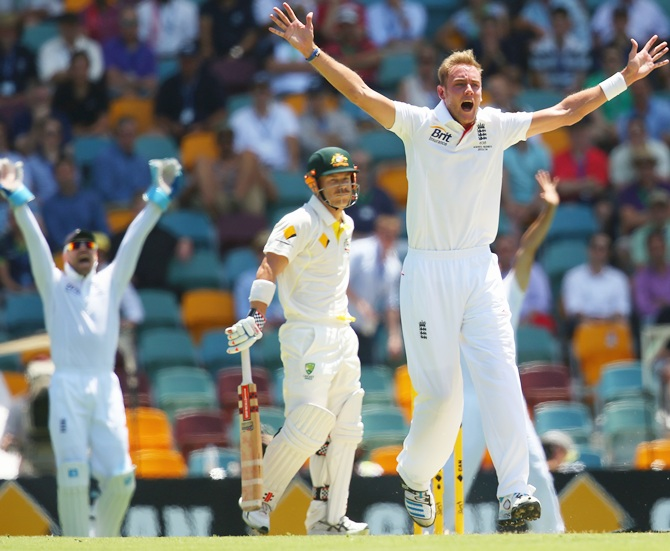 Stuart Broad of England appeals for the wicket of David Warner