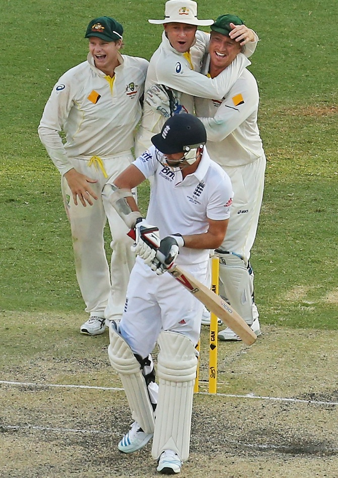 PHOTOS, Ashes 1st Test: Australia crush England