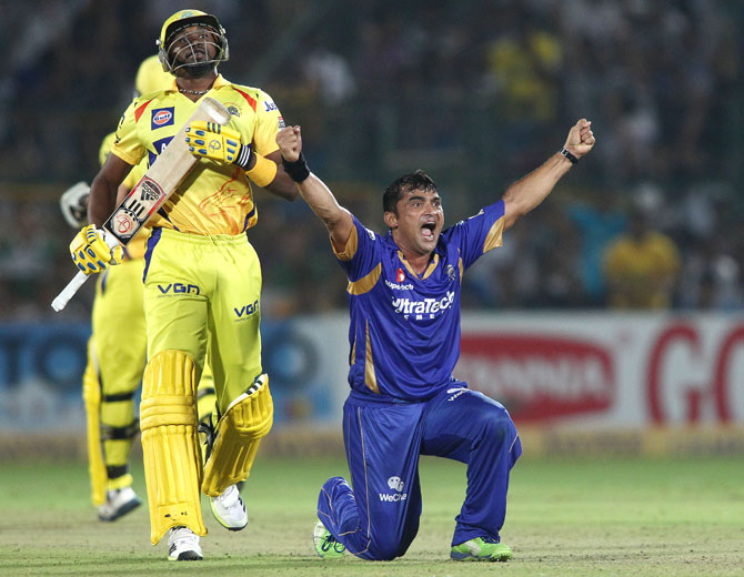 Pravin Tambe of Rajasthan Royals celebrates trapping Dwayne Bravo of Chennai Super Kings out leg before