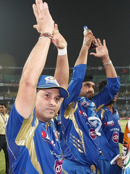 Sachin Tendulkar with Harbhajan Singh