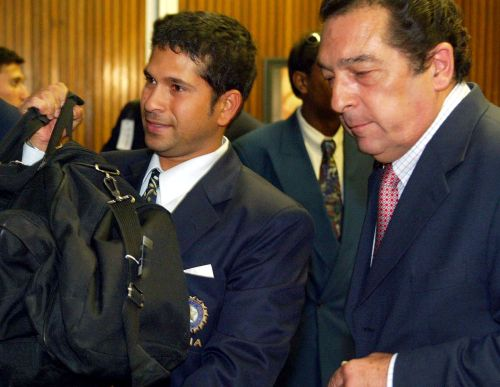 Ali Bacher and Sachin Tendulkar