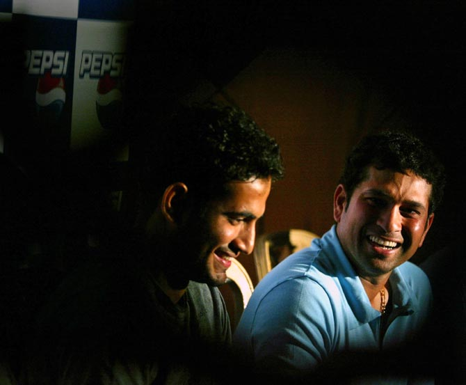 Sachin Tendulkar (right) and Irfan Pathan