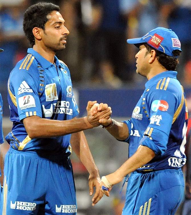 Sachin Tendulkar and Dhawal Kulkarni