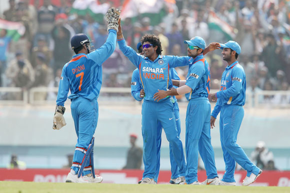 Bowlers key to India's chances in do-or-die Nagpur ODI
