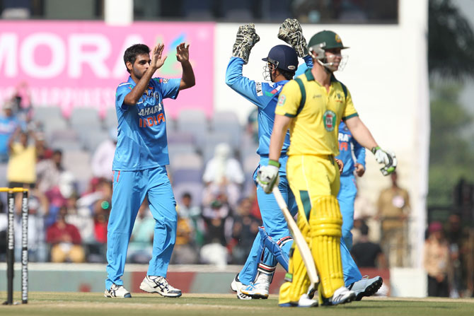 Bhuvneshwar Kumar celebrates wicket of Phillip Hughes