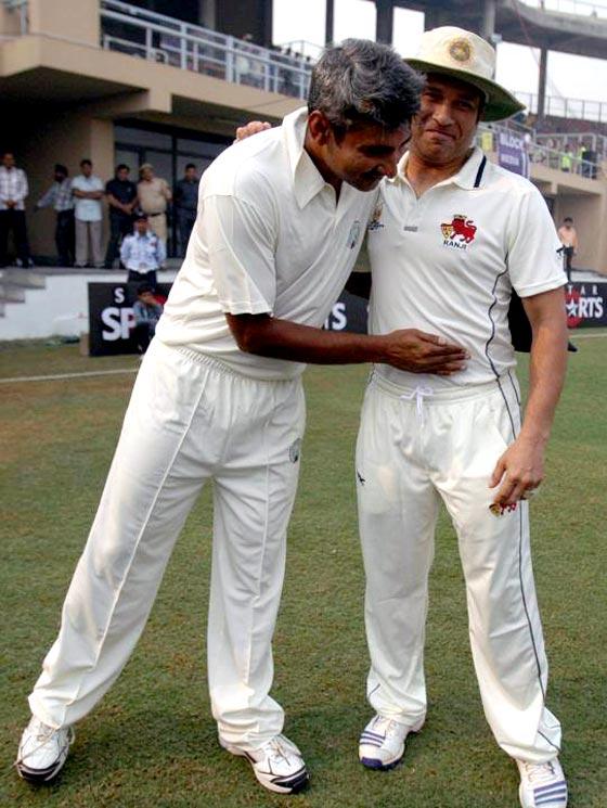 Sachin Tendulkar with Haryana captain Ajay Jadeja (left)