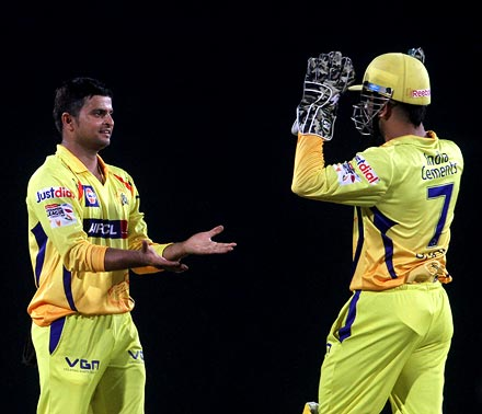 Suresh Raina (left) with Mahendra Singh Dhoni