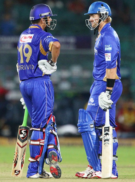 Rahul Dravid (left) with Shane Watson