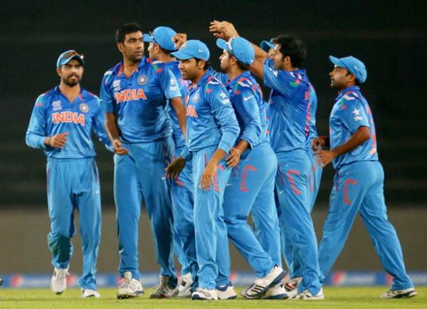 Team India players celebrate a dismissal