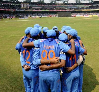 Should Dhawan replace Rahane? Select India's team for the semis vs SA