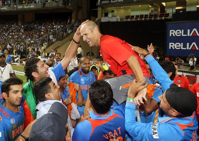 Gary Kirsten celebrates with the Indian team after winning the World Cup in April 2011, in Mumbai