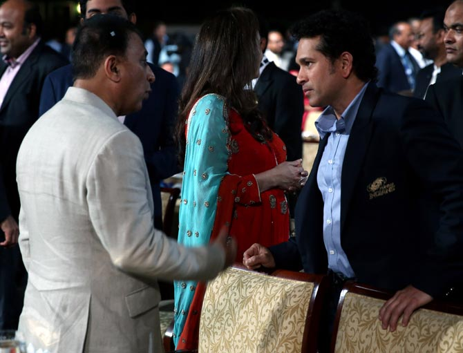 Sunil Gavaskar (left) with Sachin Tendulkar