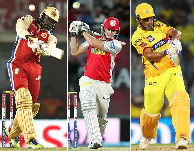 Who hit the most sixes in an innings in IPL 2013?