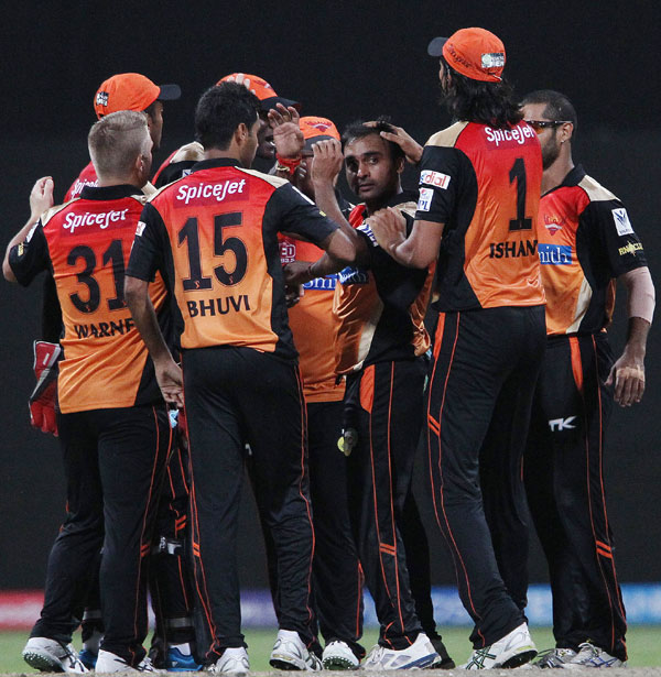 Rediff Sports - Cricket, Indian hockey, Tennis, Football, Chess, Golf - Sunrisers Hyderabad look to bounce back against Delhi Daredevils