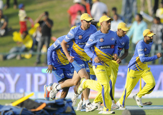 Chennai Super Kings players practice ahead of the match