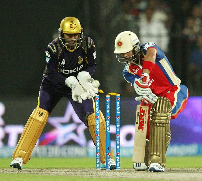 Virat Kohli is bowled by Sunil Narine