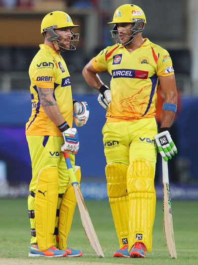 Brendon McCullum and Faf du Plessis in an animated discussion