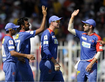 Easy victory for Delhi as Mumbai's losing run continues in IPL 7