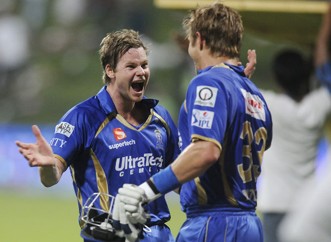 Steven Smith and Shane Watson celebrate Rajasthan's win over Kolkata
