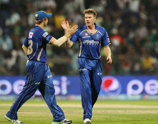 Rajasthan captain Shane Watson congratulates James Faulkner