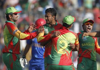 Shakib-al-Hasan of Bangladesh celebrates