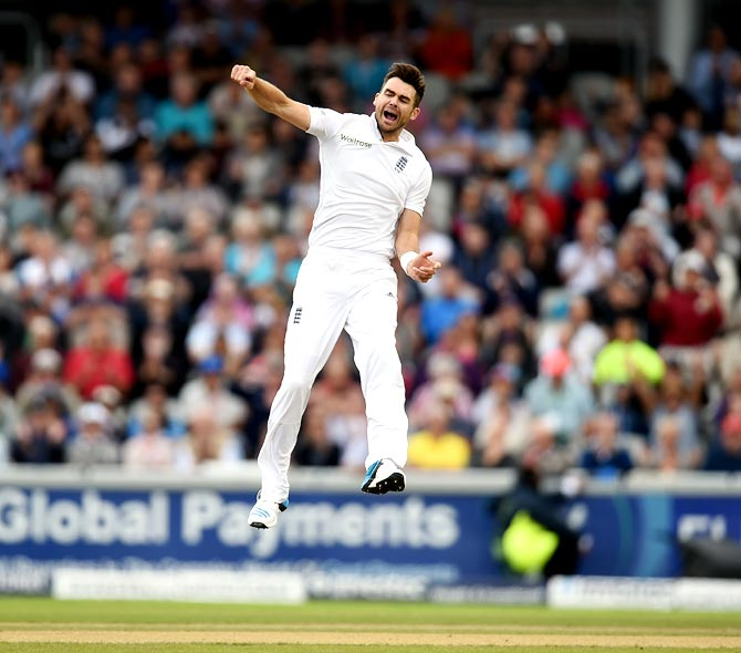 England bowler James Anderson celebrates the wicket of Virat Kohli