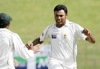 Pakistan's Danish Kaneria celebrates a dismissal during a Test match in Colombo on July 23, 2009