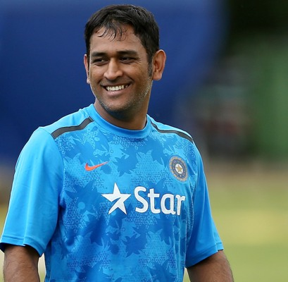 Bhuvi has 'a few niggles', but Dhoni to persist with five bowlers