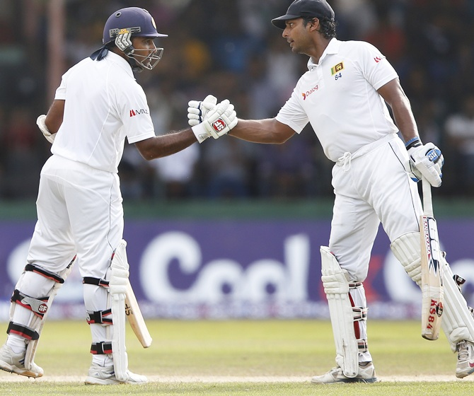 Sri Lanka's Mahela Jayawardene, left, and Kumar Sangakkara
