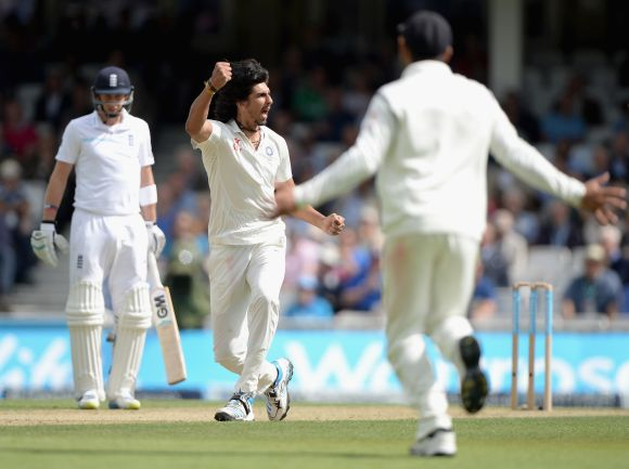 Ishant Sharma of India celebrates dismissing Ian Bell of England