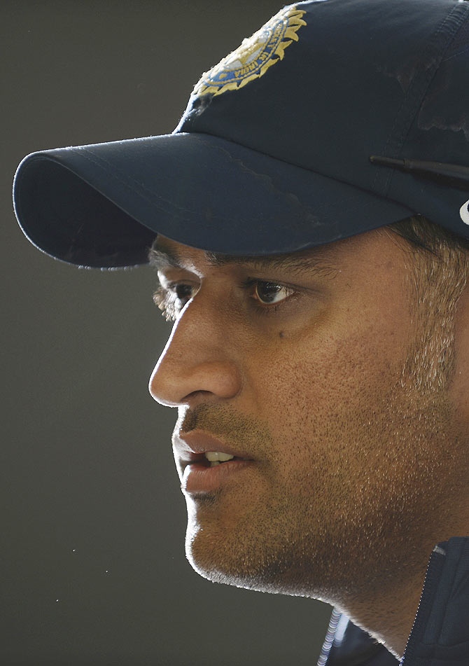 India's captain Mahendra Singh Dhoni