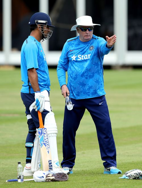 Fletcher will lead India into World Cup: Dhoni
