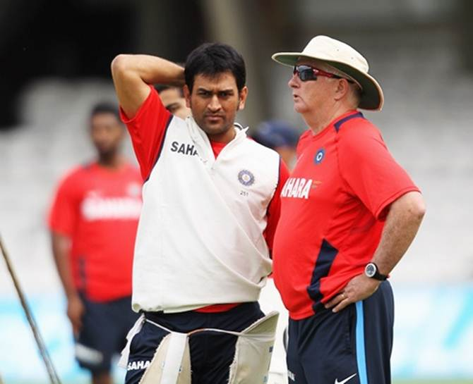 Mahendra Singh Dhoni, left, and Duncan Fletcher