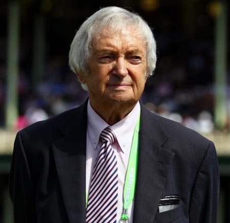 Rediff Cricket - Indian cricket - Benaud may commentate on India Test series from home