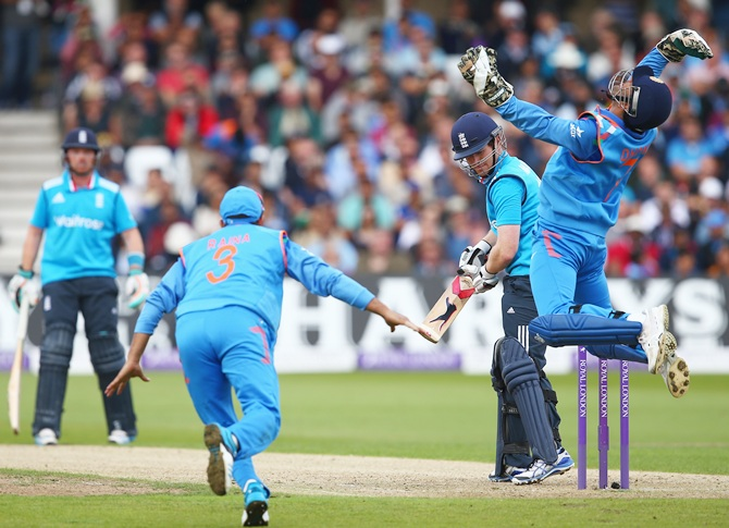 Take a look at what surprised Dhoni most in Nottingham...