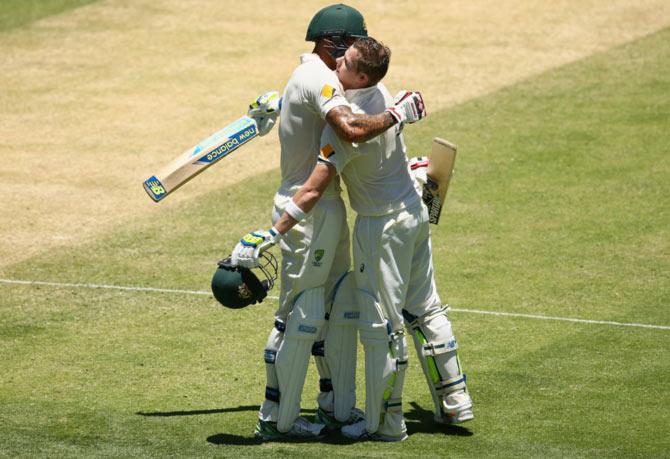 Rediff Cricket - Indian cricket - Smith, Johnson drive Australia to lead of 97