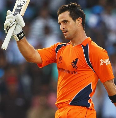 Ryan ten Doeschate, a complete package.